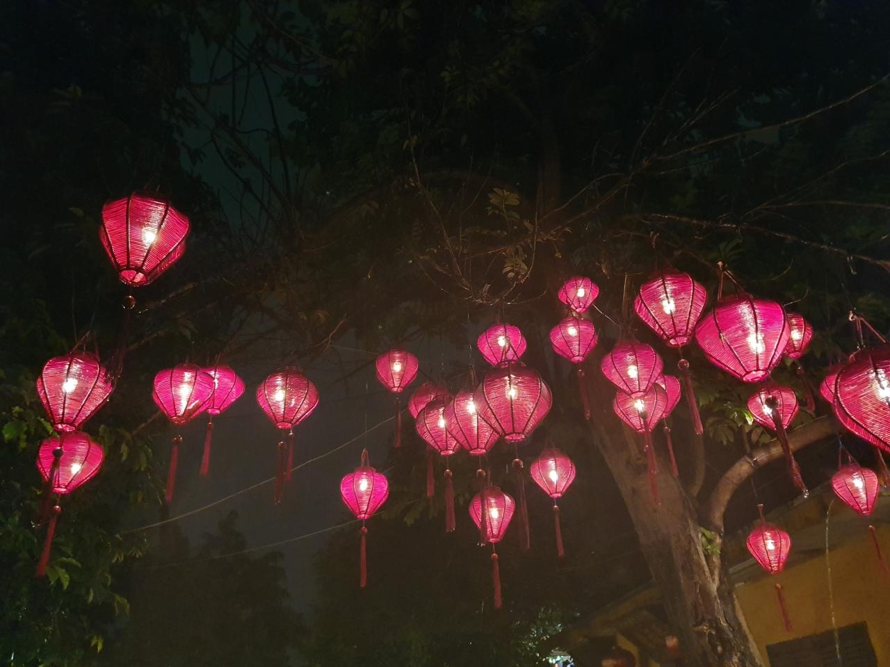 Evening 71: The Full Moon Festival of Lanterns andLight