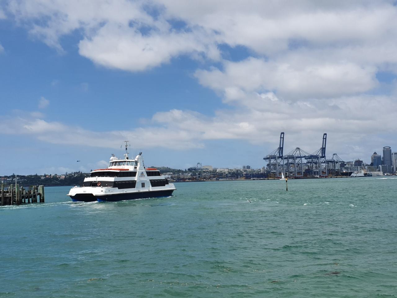 Day 105: Catamaran to Devonport and the navalmuseum